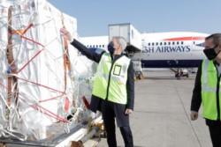 Meoni supervisó en Ezeiza preparación de protocolos para el momento en que regresen los vuelos.