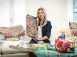 La primera dama, Fabiola Yáñez, entregó juguetes en tres localidades diferentes del país para celebrar el Día de las Infancias.