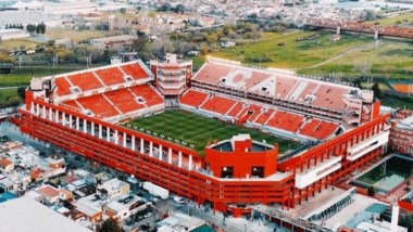 El estadio Libertadores de América podría ser utilizado por River.