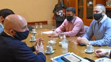Durante el encuentro el intendente de Puerto Madryn adelantó que pedirá una refacturación de las últimas boletas a Servicoop.