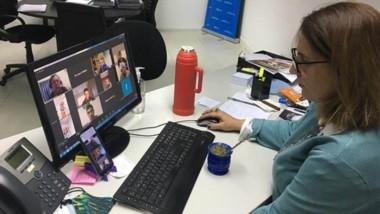 La Federación Chubutense se reunió con la directora nacional de Bomberos Voluntarios, a través de Zoom.