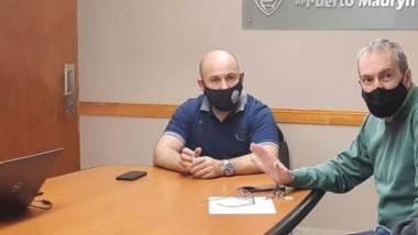 Trío. Los mellizos Sastre y el ministro Puratich discutieron cómo seguir ante la cantidad de casos nuevos.