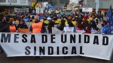 Alrededor de 2.000 trabajadores salieron a las calles.