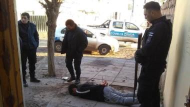 El delincuente fue detenido por la Sección Motos en inmediaciones de la Escuela 91 del barrio Constitución.