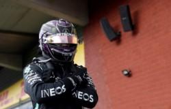 Lewis Hamilton ganó el GP de Bélgica y se lo dedicó a Chadwick Boseman.