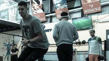 Nico De los Santos entrena y se mantiene en forma en el Ceyddet.
