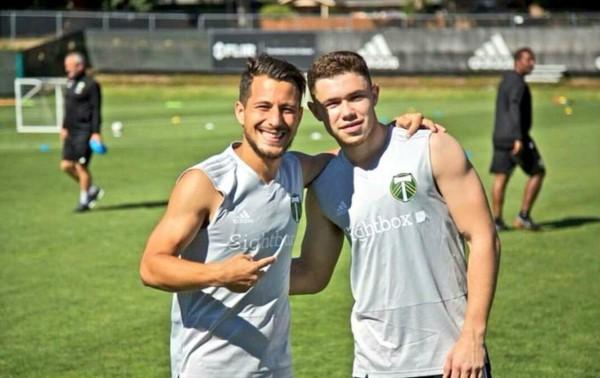 Sebastián Blanco junto a Tomas Conechny, los argentinos que juegan en Portland Timbers de la MLS.