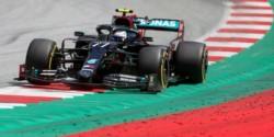Pole position para Valtteri Bottas que va para boxes pegando botes en su asiento. Lewis fue segundo, y un increíble Nico Hulkenberg tercero.