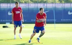 Messi, Sergio y Arnau Tenas, siguiendo su trabajo pautado, mientras el resto del plantel tuvo libre.