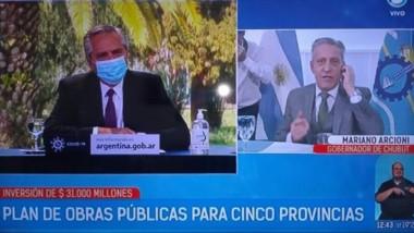 Ayer el gobernador Mariano Arcioni en videoconferencia con el presidente por obras para la provincia.