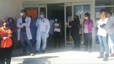 Protesta. Los profesionales de la Salud volvieron a manifestarse por los sueldos y el aguinaldo impagos.