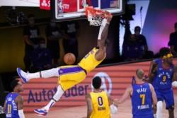 De la mano de Anthony Davis y LeBron James, quienes se combinaron para 52 puntos, los Lakers de Los Ángeles vencieron 126-114 a los Nuggets.