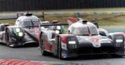 Un problema en el motor del Toyota frustró la chance de ganar para Pechito López.