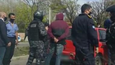 El asalto sucedió en horas de la mañana cuando la víctima iba a depositar al Banco. Fueron aprehendidos.