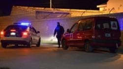 Una mujer confesó que mató a su pareja de una puñalada.