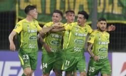 El equipo de Crespo ganaba 2-0 y jugaba con uno más, pero no lo pudo liquidar y sufrió hasta el final.