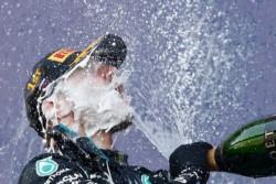 Valtteri Bottas gana su segunda carrera de la temporada en Rusia.