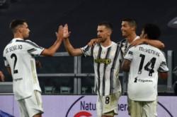 Con un doblete, Cristiano Ronaldo dio a su equipo el empate 2-2 ante Roma.