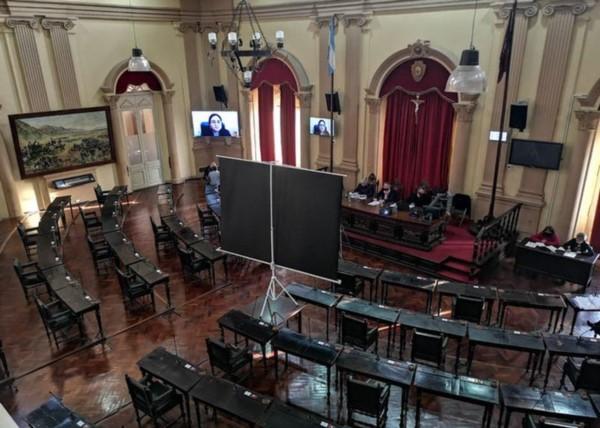 la Cámara de Diputados rechazara el tratamiento de un proyecto que prevé el testeo masivo de trabajadores de la Salud en la provincia.
