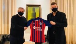Tinelli se reunió con Alberto Fernández para hablar sobre el futuro del fútbol.