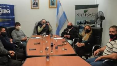 Federico Massoni se reunió con la cúpula de la Cámara de Comercio de Esquel en suelo cordillerano.