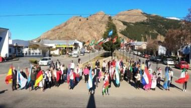 Reconocimiento a pioneros inmigrantes de la comunidad de Esquel.