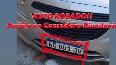 El Chevrolet Onix fue robado en pleno centro y hallado por la Policía.