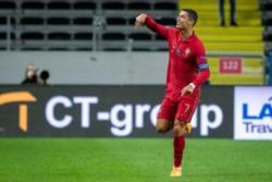 Ronaldo marcó un doblete y sigue haciendo historia: Llegó a los 101 goles con su seleccionado.