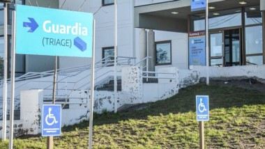 La mujer estuvo internada en el Hospital Isola de Puerto Madryn.