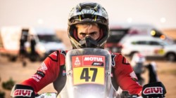 Si bien el estadounidense Ricky Brabec ganó la décima etapa, el argentino Kevin Benavides pasó a estar primero en la general.