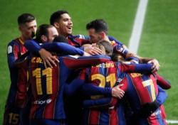 Barcelona festeja y espera por Real Madrid o Athletic Club para la final del domingo.