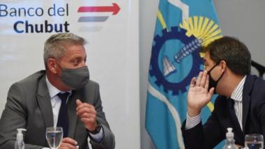 """El gobernador aseguró que """"en momento de crisis económica no dejamos de asistir""""."""