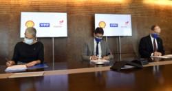 El CEO de la petrolera estatal YPF, Sergio Affronti, firmó hoy un acuerdo preliminar para el ingreso de Shell Argentina como socio en el bloque CAN 100.