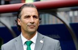 El ex entrenador de la selección chilena, San Lorenzo y Rosario Central llega a dirigir a la Academia.