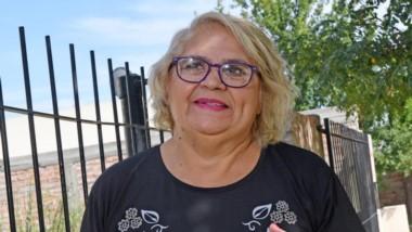 Alicia Crespo vive en Gaiman y es auxiliar de escuela. Donará respiradores que le regaló un amigo español.