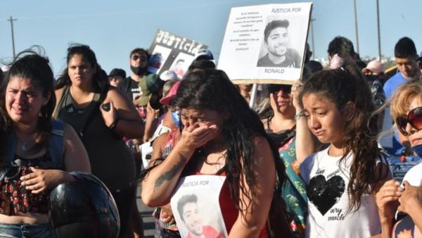 En el marco de la marcha, se recordó a las otras víctimas de accidentes automovilísticos con final trágico.