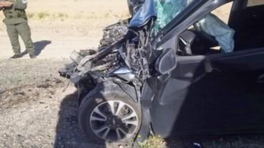 El rodado menor tuvo importantes daños en  la parte frontal  y el airbag, amortiguó el golpe más fuerte.
