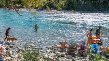 Río Azul, uno de los lugares más elegido por los turistas.