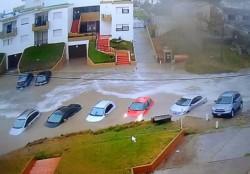 El agua hizo estragos en Villa Gesell.