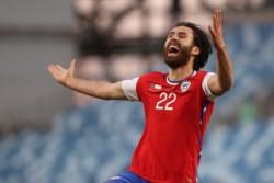 Ben Brereton abre la cuenta para la Roja ante Paraguay en San Carlos.