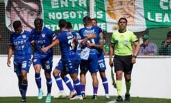 Unión consiguió un triunfazo ante Sarmiento, a quien le ganó por 4-3 en Junín.