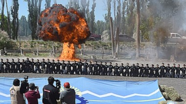 Los nuevos hombres y mujeres del escuadrón cumplieron exitosamente con dos cursos  de alto  nivel.