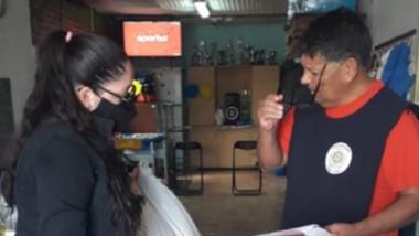 El reparto con los bolsones de alimento que ya se está haciendo junto al municipio de Puerto Madryn.