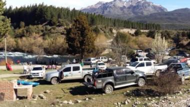 En toda la Cordillera y la Comarca Andina hubo una afluencia de turistas que colmó los hospedajes.