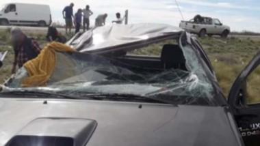 La camioneta Toyota Hilux con severos daños. Una persona al hospital.