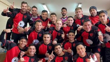 Gaiman FC saboreó un gran triunfo ante San Martín en el debut.