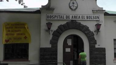 Jubilados de El Bolsón expresaron su malestar por la situación.