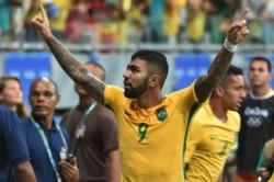 Gabriel Jesús, de penal, anotó el segundo. Brasil le ganó 3-1 a Venezuela y ratificó su liderazgo en las Eliminatorias.