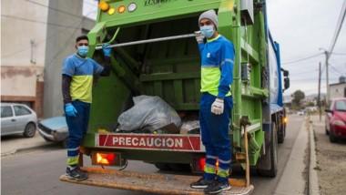 Trabajadores. Urbana Higiene Ambiental en las calles de Comodoro.