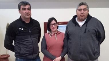 """Referentes. Desde la izquierda, Marcelo Elencoff, Yamila Martínez y Carlos Arista, de """"La Hermandad""""."""